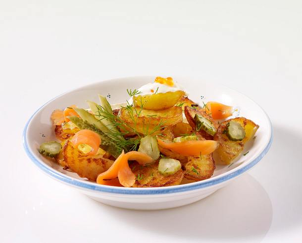 Bratkartoffeln mit Lachs und Dill Rezept