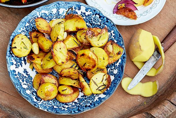 Bratkartoffeln mit Rosmarin und Knoblauch Rezept