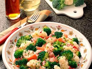 Broccoli-Blumenkohl-Salat Rezept