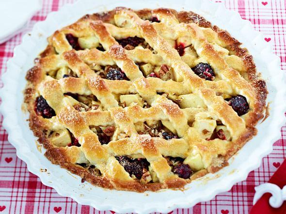 Apfel-Brombeer-Pie Linzer Art Rezept