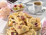 Brombeer-Stachelbeer-Streuselkuchen Rezept
