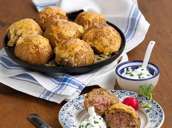 Brot-Teewurstbuchteln Rezept