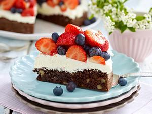 Brownie-Torte mit zweierlei Beeren Rezept