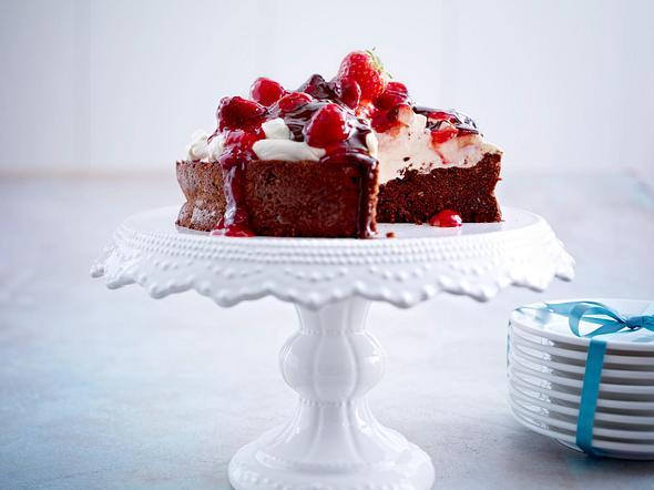 Brownietorte mit Mascarpone und Erdbeercoulis Rezept