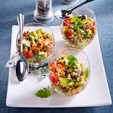 bunter linsen quinoa salat rezept lecker. Black Bedroom Furniture Sets. Home Design Ideas