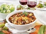 Burgunder Gulasch mit Pilzen Rezept