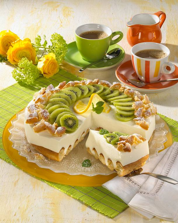 buttermilch kiwi torte rezept lecker. Black Bedroom Furniture Sets. Home Design Ideas