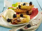 Buttermilch-Pancakes mit Heidelbeeren Rezept