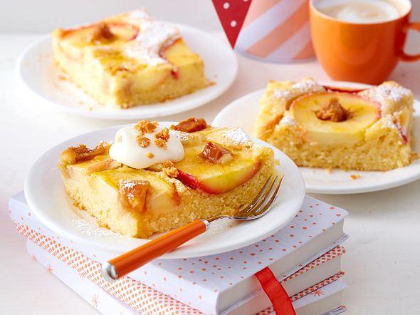 Buttermilch-Tassenkuchen mit Apfelringen Rezept