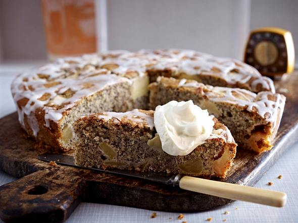 Buttermilchkuchen mit Apfel und Mohn Rezept