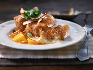 Camembert mit Kokosraspel und Mango-Chutney Rezept