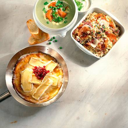camembert pfannkuchen mit preiselbeeren rezept lecker. Black Bedroom Furniture Sets. Home Design Ideas