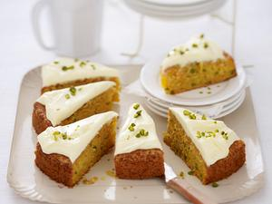 Carrotcake (Möhrenkuchen mit Pistazien) Rezept