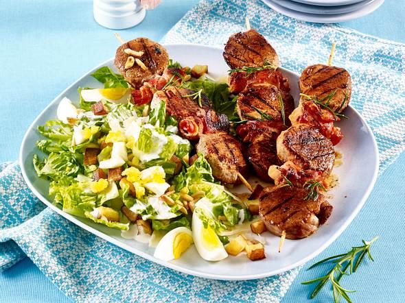 Cesar Salad mit Barbecue-Spießen Rezept