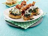 Champignons mit Spinat-Gorgonzola-Füllung und Putenspießchen Rezept