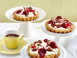 Cherry-Brezel-Tartelettes Rezept