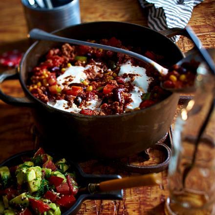 Chili con Carne mit Zimt und Zartbitterschokolade Rezept