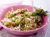 Chili-Couscous-Salat mit Kräuteraprikosen Rezept