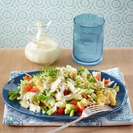 chinakohl salat mit saure sahne dressing rezept lecker. Black Bedroom Furniture Sets. Home Design Ideas