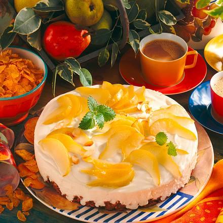 Cornflakestorte mit Mandel-Sulz und gedünsteten Birnen Rezept