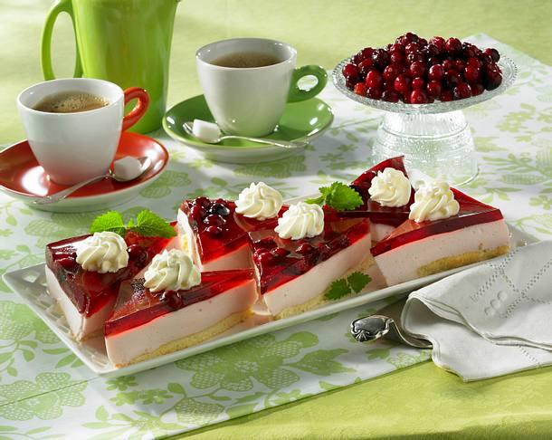Cranberry-Joghurt-Biskuitschnitten Rezept