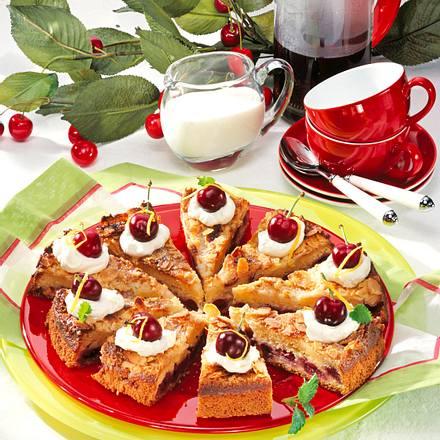 Crème fraîche-Kirschkuchen Rezept