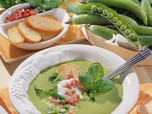Cremige Erbsen-Basilikum-Suppe Rezept