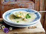 Cremige Kartoffel-Schmand-Suppe Rezept