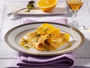 Crêpes mit Orangensoße Rezept