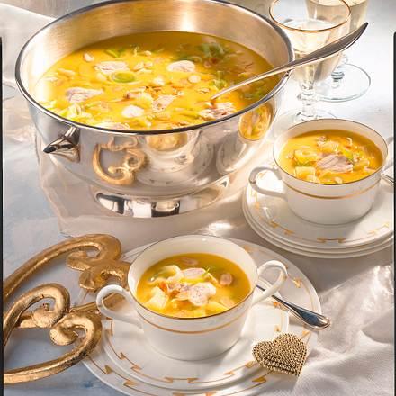 Curry-Hühner-Suppe mit Lauch und Ananas Rezept