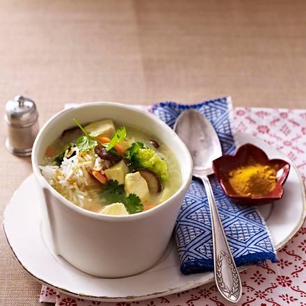 Curry-Kokossuppe mit Reis und Huhn Rezept