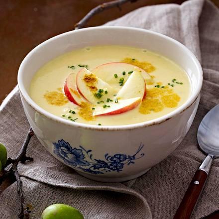Curryrahmsuppe mit Äpfeln Rezept