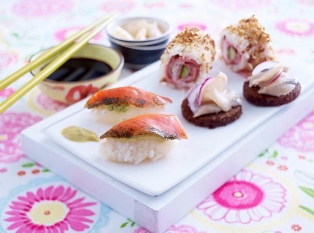 Dänische Sushi (Matjes-Sashimi, Dänemark-Rolls und Graved Lachs-Nigiri) Rezept