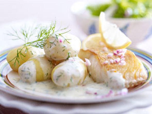 Dill-Béchamel-Kartoffeln mit Bratfisch Rezept