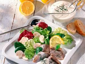 Dill-Hering auf Salat Rezept