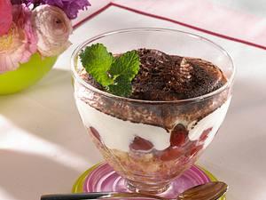 Donauwellen-Creme mit Kirschen Rezept