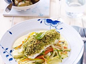 Dorsch mit Kruste zu Julienne-Gemüse und Dillkartoffeln Rezept