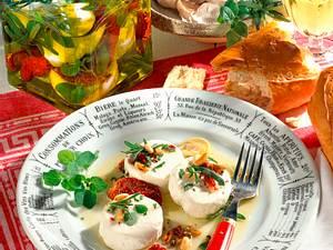 Eingelegter Käse in Kräuteröl Rezept