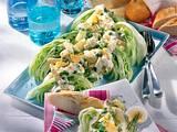 Eisbergschiffchen mit Eier-Geflügel-Salat Rezept