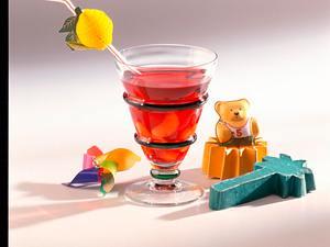 Eiskalte Teebowle mit Früchten Rezept