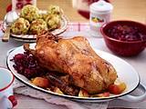 Ente mit Apfelrotkohl und Briocheknödeln Rezept