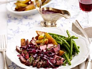 Entrecote a la Bordelaise zu grünen Bohnen und Röstkartoffeln Rezept