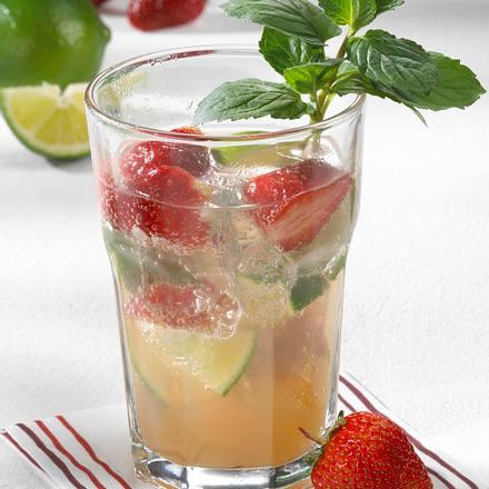 Erdbeer-Caipi-Bowle Rezept