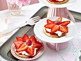 Erdbeer-Heidesand-Törtchen/Variante Rezept