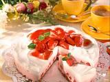 Erdbeer-Joghurt-Torte mit Knusper-Boden Rezept