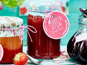 Erdbeer-Rosen-Konfitüre Rezept