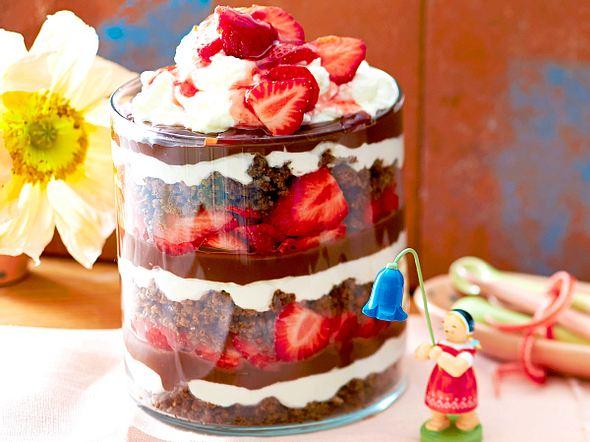 Erdbeer-Schoko-Schichtspeise Rezept