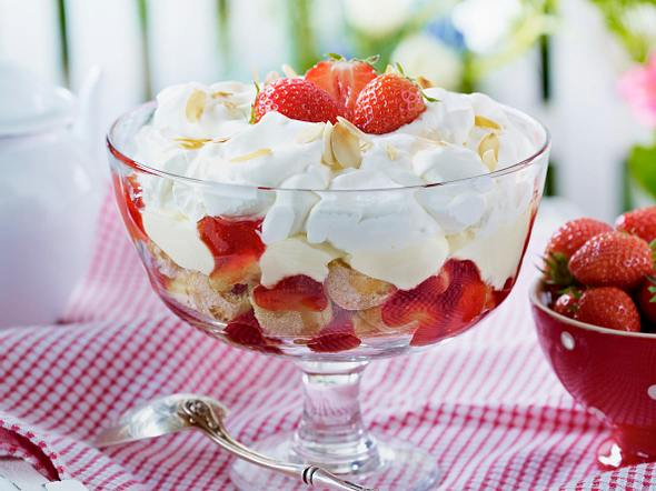 Erdbeer-Trifle Rezept