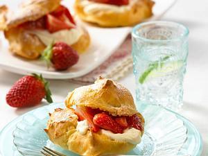 Erdbeer-Wölkchen mit Mascarponecreme Rezept