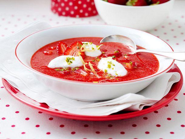 Erdbeer-Zitronen-Kaltschale mit Schneeklößchen Rezept